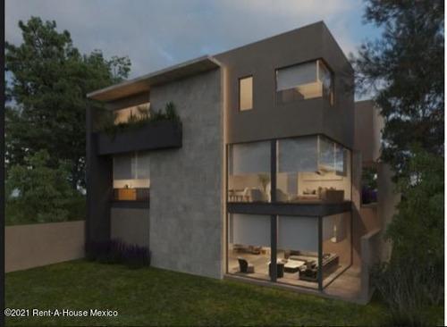 Imagen 1 de 9 de Casa En Venta En Huixquilucan De 4 Recamaras, 5 Baños Y 4 Autos F.m