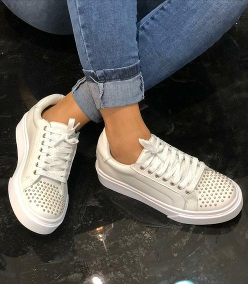 Zapatillas De Mujer Con Tachas