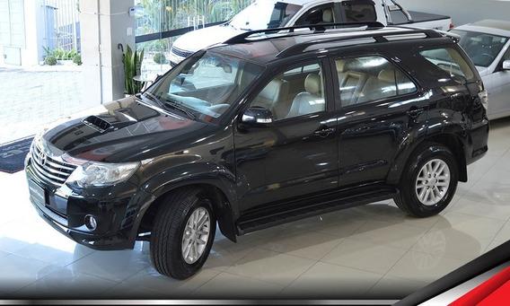 Toyota Hilux Sw4 Srv 7 Lugares 3.0 171cv 4x4 Integral Top