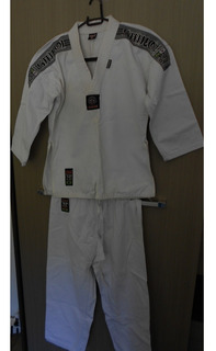 Dobok Taekwondo Shiroi