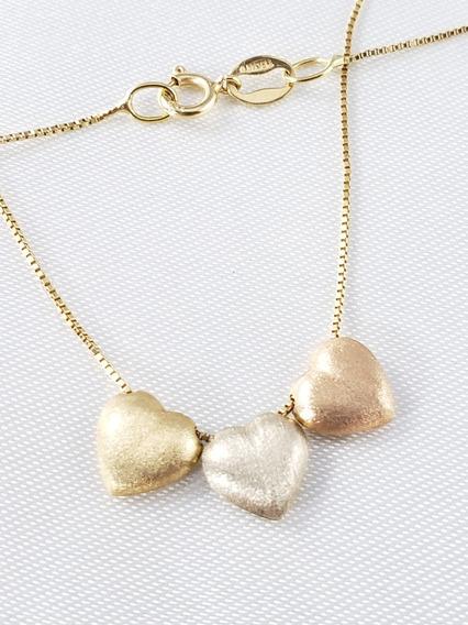 Gargantilha Ouro Amarelo Com Pingentes Corações Três Cores