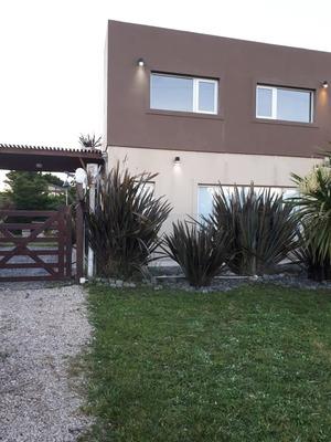 Casa Nueva A Una Cuadra De La Playa..con Pileta,muy Tranquil