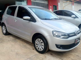 Volkswagen Fox 1.0 Blue Motion 3 Cilindros 2013/2014 Flex