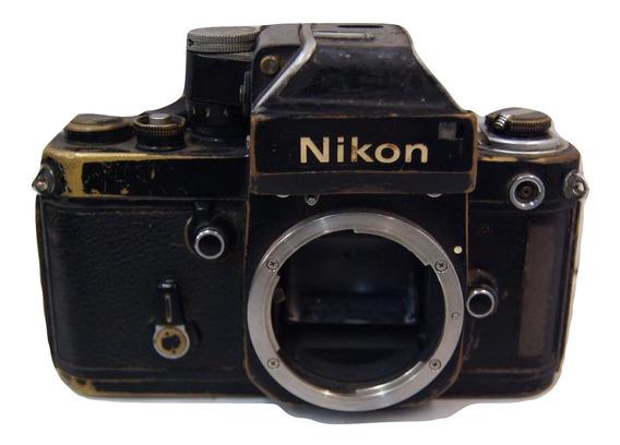 Câmera Analógica Nikon Só Para Decoração