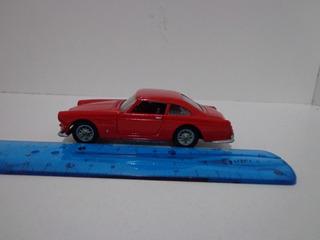 Ferrari 250 Gt 2+2 1/43 Solido