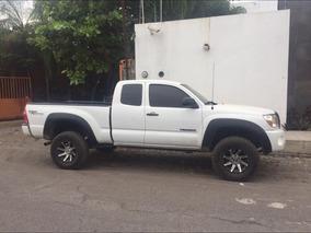 Toyota Tacoma 4x4 4 Cilindros