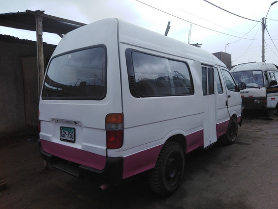 Toyota Hiace Combi 3l Techo Alto
