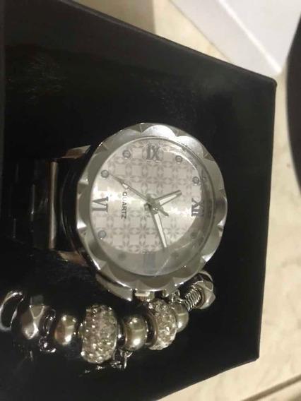 Relógio Com Pandora