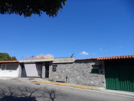 Casa En Venta Alto Prado Caracas, Mls # 19-6935