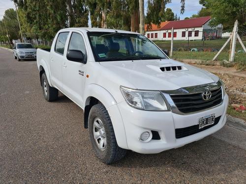 Toyota Hilux 3.0 Cd Sr 171cv 4x2 - B3 2015