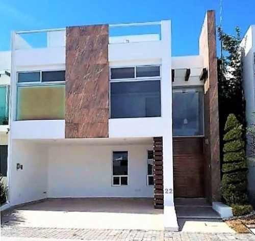 Casa En Renta En Parque Victoria, Lomas De Angelopolis 2