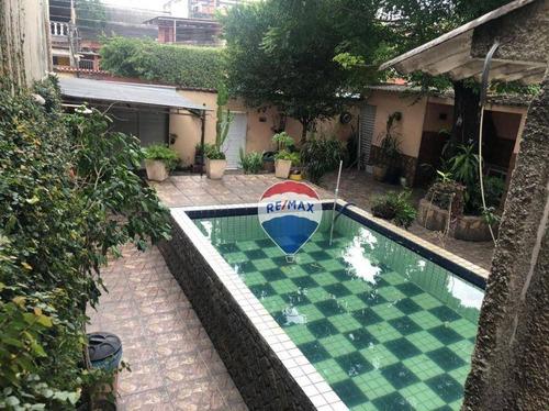 Imagem 1 de 27 de Duas Casas  Com Piscina Em Bangu, Uma Ótima Localização. - Ca0690