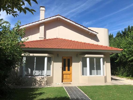 Venta - Casa En Los Rosales - Excelente Oportunidad