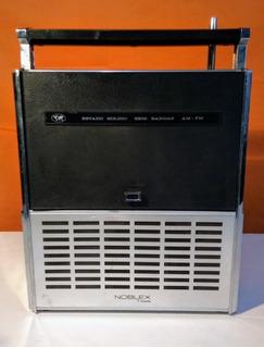 Radio Noblex 7 Mares Nt19 Funcionando A 220 O Batería De 9v