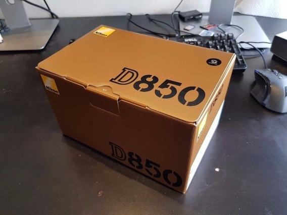 Nikon D850 45.7mp + Kit ( Bolsa + Tripé + 64gb Grip )