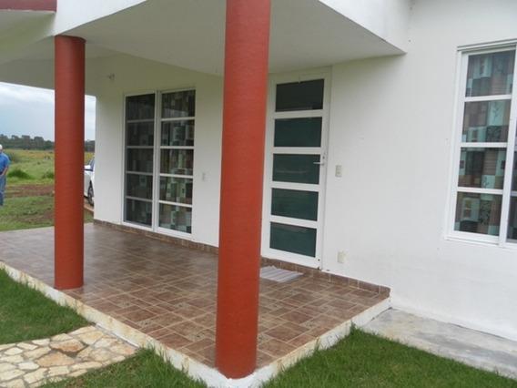Casa Sola En Dexcani Bajo, Calle Sin Nombre