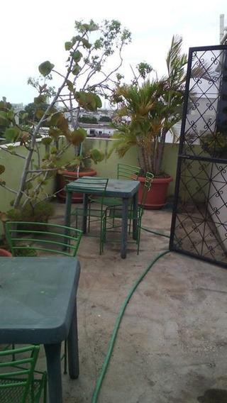 Renta Apartamentos Amueblados, En Zona Colonial, Hospedaje