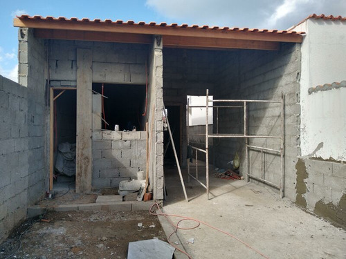 Casa Nova Lado Praia Com 2 Quartos Para Financiar Em Peruíbe