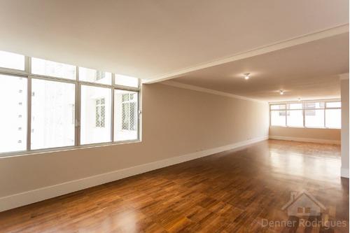 Emilio De Menezes - Reformado - 206m² - 3 Dormitórios - 2 Vagas - Pd1900