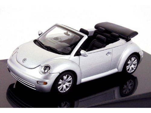 Imagem 1 de 6 de Miniatura New Beetle Cabrio Autoart Escala 1/43