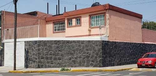 Casa 3 Rec, Estudio, 2.5 Baños, 3 Cajones, Colonia Petrolera