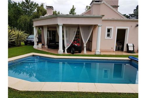 Casa En Venta Larena Country Club 4 Ambientes