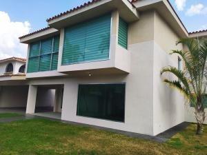 Casa Venta Guataparo Country Blu Val Carabobo Lf21-2543lf