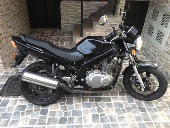 Suzuki Gs500 Modelo 2010