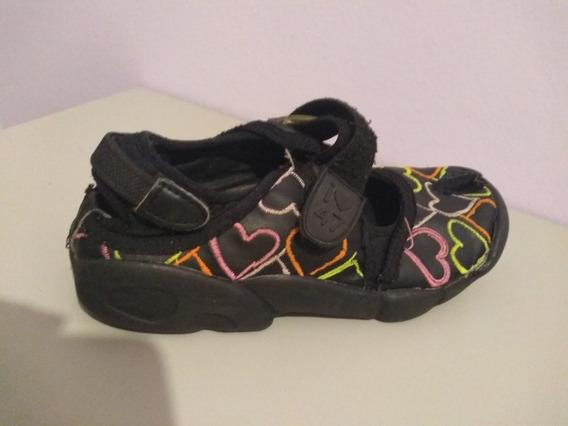 Zapatillas Dedo Partido Tipo Guillermina T 30 (47 Street)