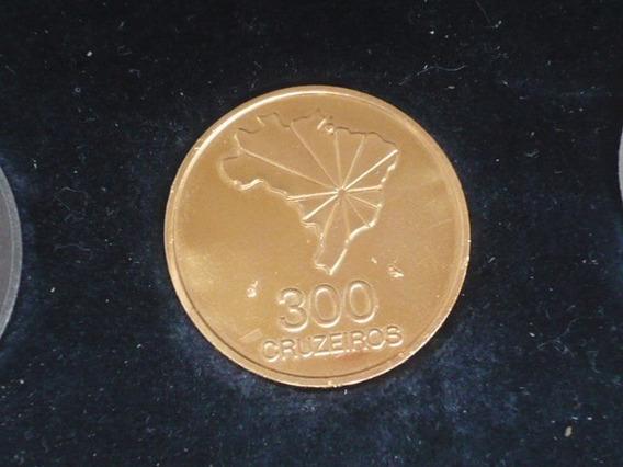 Moeda De Ouro 300 Cruzeiros Do Sesquicentenário 1972-16,80g