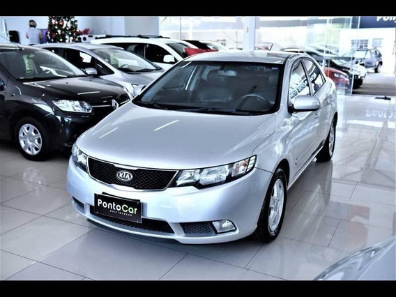 Kia Cerato 1.6 Sedan 16v Gasolina 4p Manual
