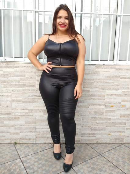 Conjunto Feminino Calça Cirrê Couro Fake + Top Cropped Bojo