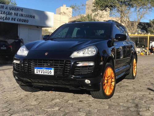 Porsche Cayenne Turbo V8