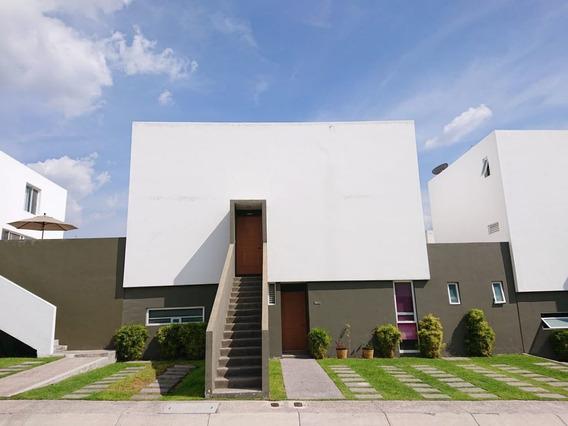 Se Vende Moderna Casa En El Mirador
