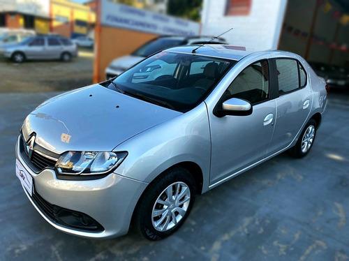 Imagem 1 de 8 de Renault Logan