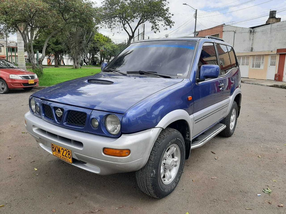 Nissan Terrano 1998 Version Full Techo Mt 2.4 4x4