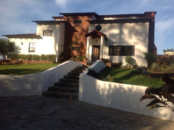Villa Amueblada De Venta En Jarabacoa Rmv-128