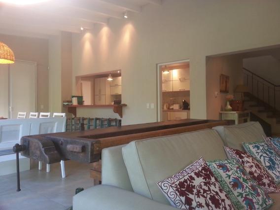 Excelente Casa En Costa Esmeralda!!a Solo 200 M De La Playa!