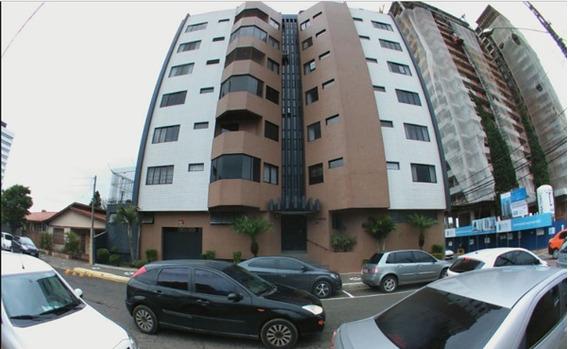 Apartamento Padrão Com 3 Quartos No Edifício Ravenna - 4890-l