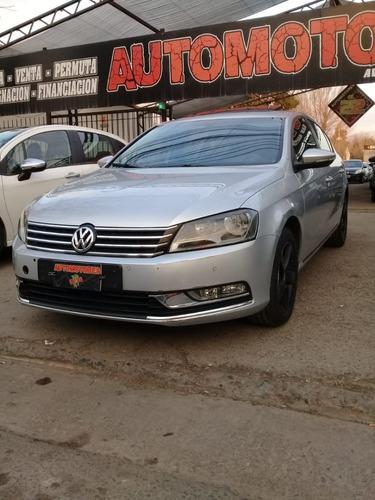 Imagen 1 de 8 de Volkswagen Passat