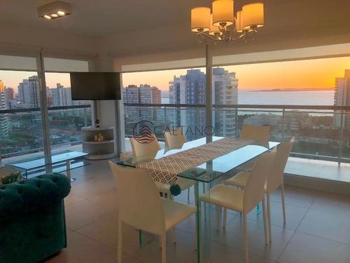 Hermoso Apartamento Con Vista En Piso Alto!-ref:2362