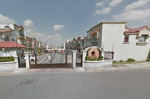 Hermosa Casa En Venta Zona Urbiquinta Montecarlo