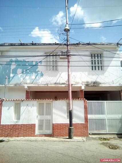 Se Vende Casa En La Cooperativa Maracay 04127520108