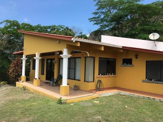 Casa Parcialmente Amoblada En Venta En Sorá 19-1100 Emb