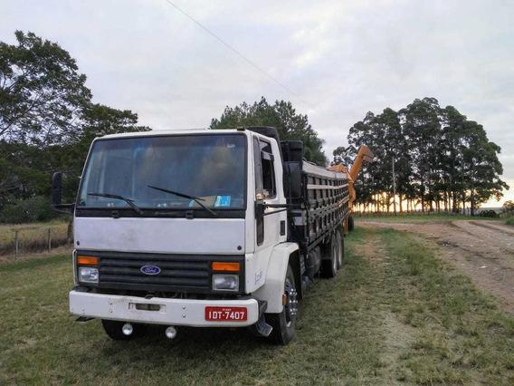 Graneleiro Truck