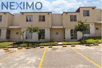 Casa De Verano En Venta En Morelos