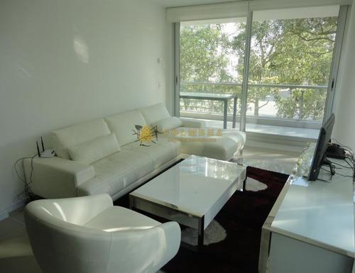 Apartamento En Be Punta - Tres Dormitorios En Venta Punta Del Este-ref:2692