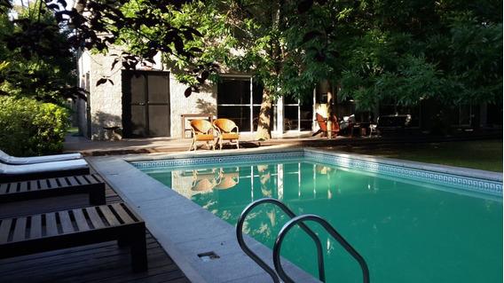 Increíble Casa En Country Club! Zona Pilar