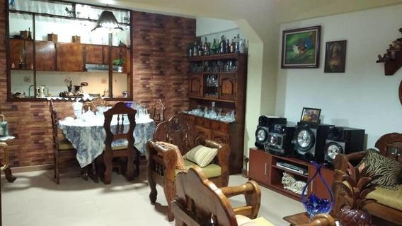Casa En Venta En Catia Rent A House @tubieninmuebles Mls 20-17314