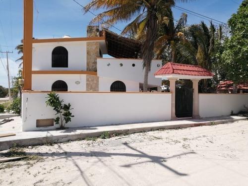 Hermosa Casa En La Playa A 4 Esquinas De Chicxulub
